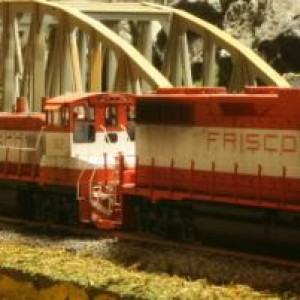 Atlas MP15's DCC and GP38-2's DCC