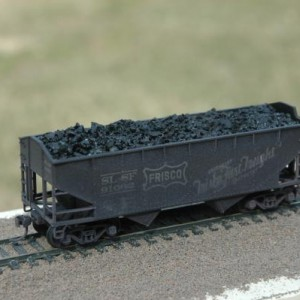 Athearn offset side hopper 91062