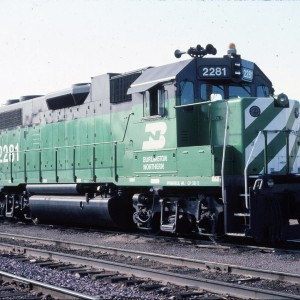 BN 2281 ex Frisco 426 GP 38 2 - August 1983 - Shelby, Montant