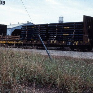 Flat Bulkhead 60 foot 4163 - October 1983 - Springfield, Missouri