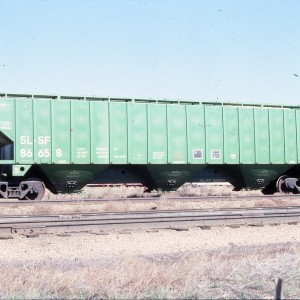Covered Hopper 86658 (4750 cubic feet) - March 1984 - Laurel, Montana