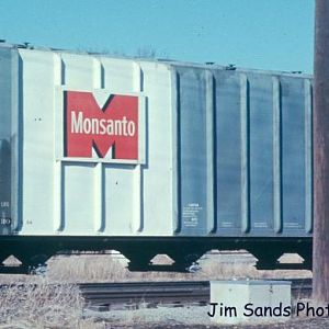 MonsantoCov-hopper1967-4077