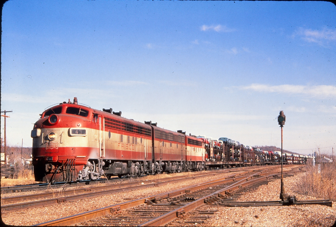 F7A 43 - January 1970 - Springfield, Missouri (Golden Spike Productions)