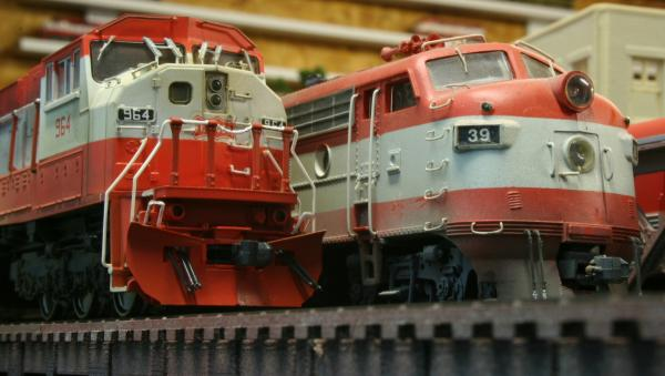 Kato SD90MAC DC and Athearn F7 DC
