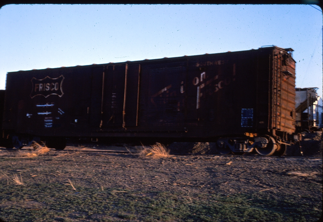 Plugdoor boxcar 6041 - March 1985 - Great Falls, Montana
