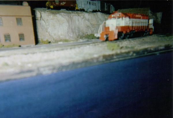 This is my Athearn Frisco SD-40-2 #956 pulling a train on OMRA'S portable club layout at a Train Meet in Springfield, MO. at the former North Town Mal