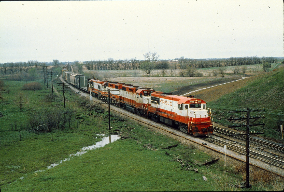 U25B 815 GP38 2 456 & 432 U30B 851 - April 1979 - Olathe KS (Trackside Slides)