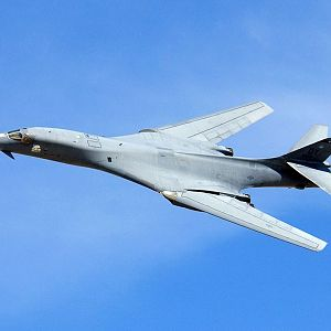 A_B-1_Lancer_performs_a_fly-by_during_a_firepower_demonstration